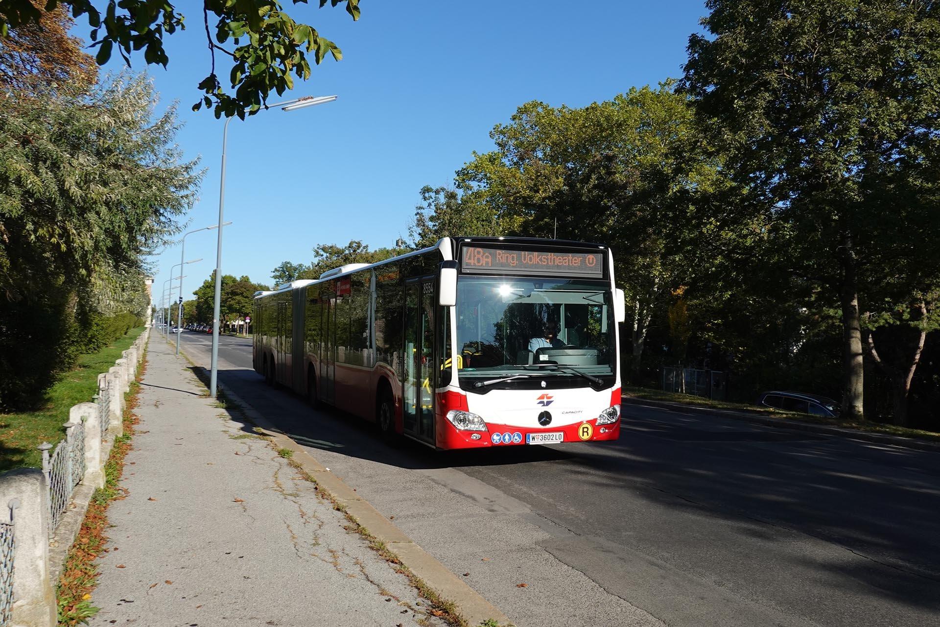 https://public-transport.net/bus/Wien_Bus/NG265XL/slides/9109_777.jpg