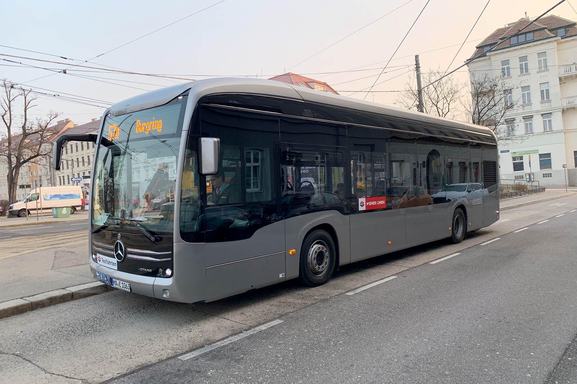 https://public-transport.net/bus/Wien_Bus/Testbusse/eCitaro/slides/IMG_0796.jpg